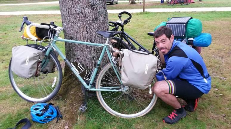 12 CARHAIX bikes and Pablo