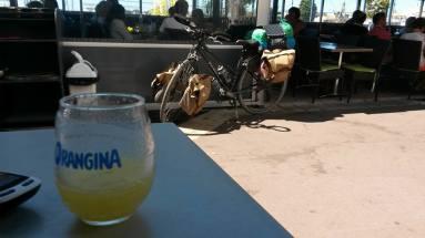 53-bike-and-orangina-familiar