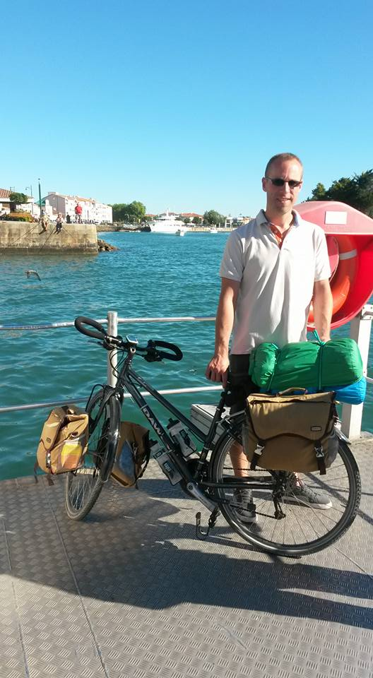 61-bike-on-boat-passer-by