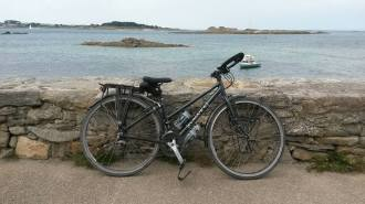 81g-the-bike-back-in-roscoff