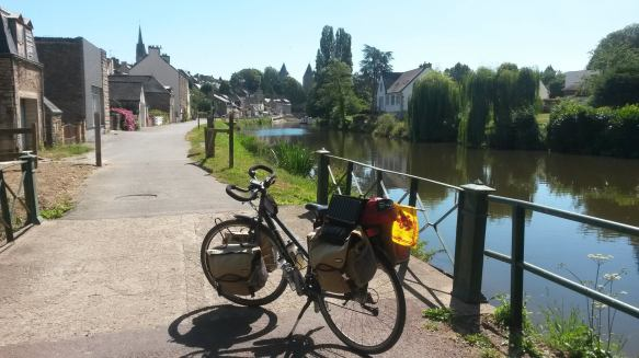 11 APPROACHING JOSSELIN