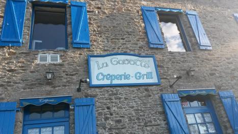 9 LE GAVOTTE
